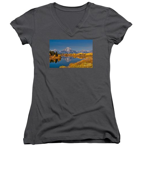 Fall Colors At Oxbow Bend In Grand Teton National Park Women's V-Neck T-Shirt (Junior Cut) by Sam Antonio Photography