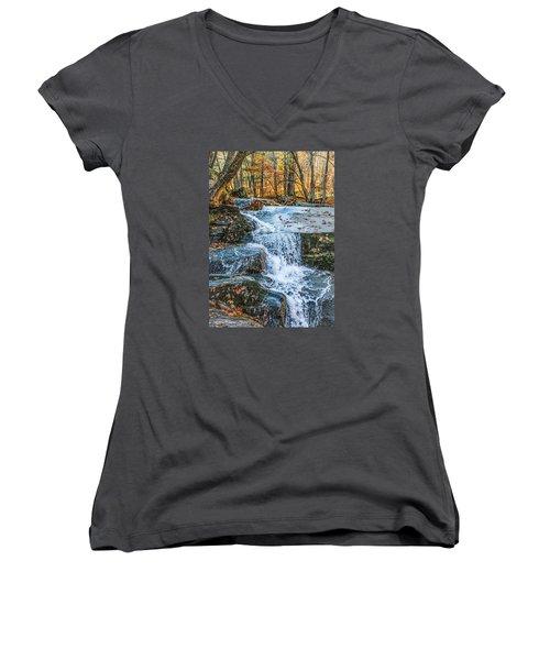 #0043 - Dummerston, Vermont Women's V-Neck T-Shirt