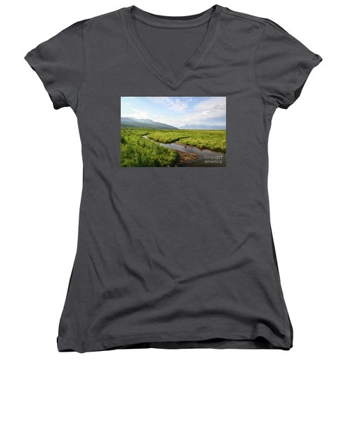 Alaskan Valley Women's V-Neck