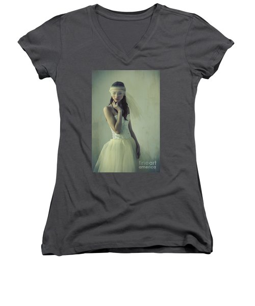 Ballerina Women's V-Neck (Athletic Fit)