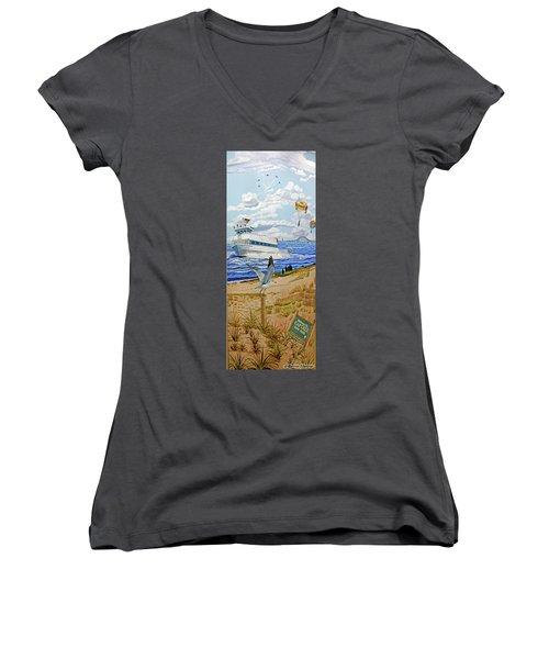 Captree Park Women's V-Neck T-Shirt