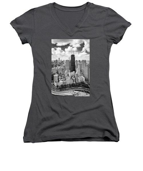 Chicago's Gold Coast Women's V-Neck T-Shirt