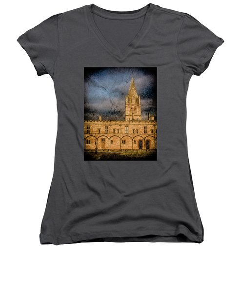 Oxford, England - Christ Church College Women's V-Neck