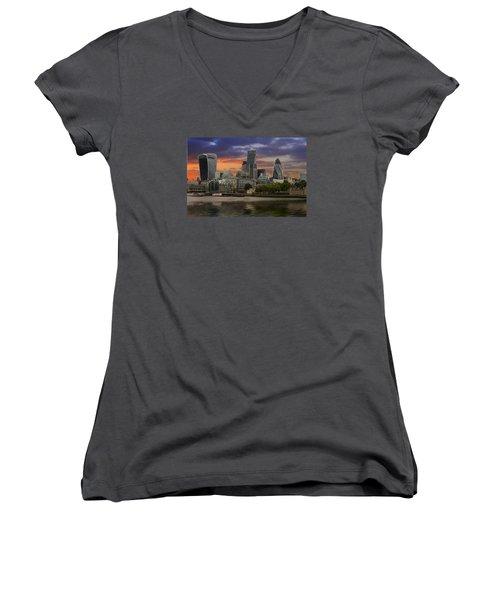City Of London Women's V-Neck T-Shirt (Junior Cut) by David French