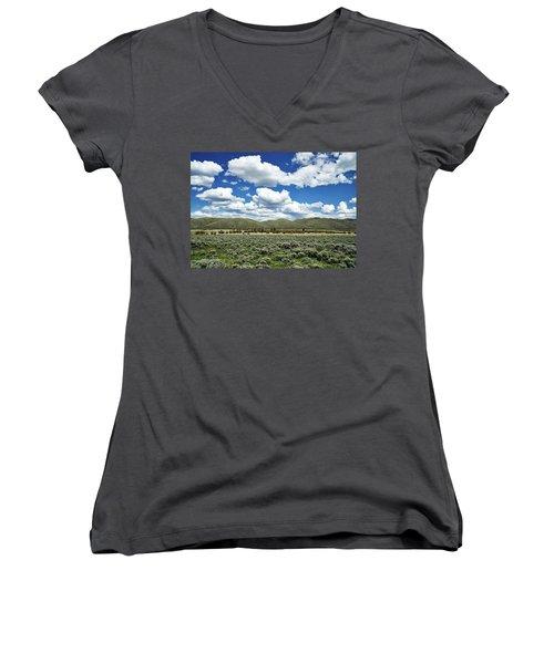Colorado Vista Women's V-Neck T-Shirt (Junior Cut) by L O C