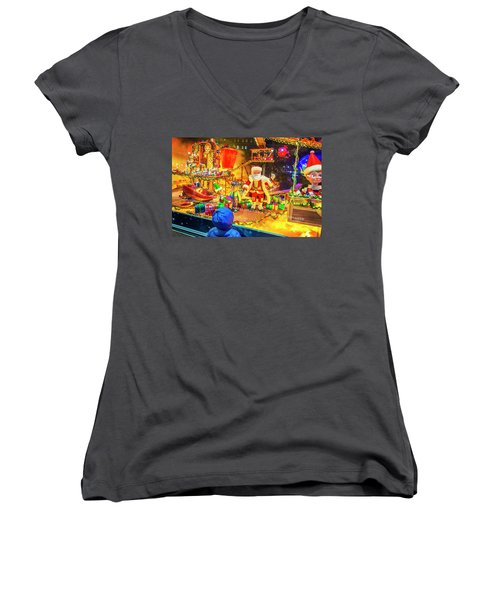 Holiday Widow Display In New York Women's V-Neck