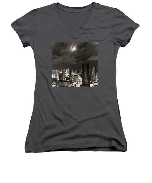 Long Exposure Women's V-Neck T-Shirt