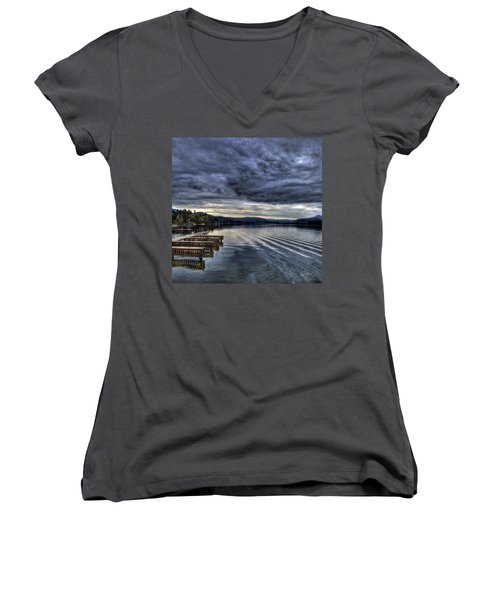 Looking West From 41 South Women's V-Neck