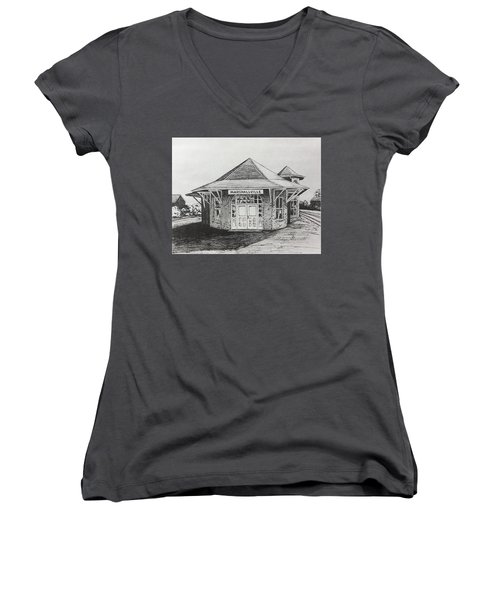 Marshallville Depot Women's V-Neck T-Shirt