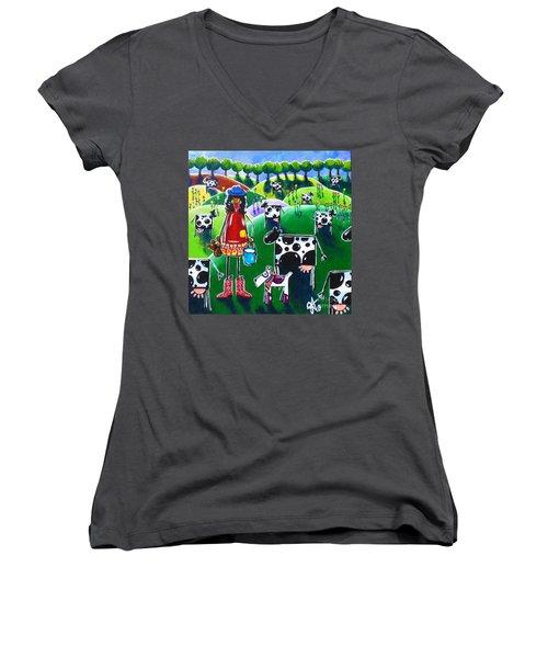 Moo Cow Farm Women's V-Neck T-Shirt (Junior Cut) by Jackie Carpenter