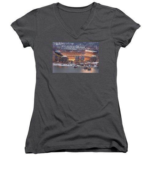 Pittsburgh 4 Women's V-Neck T-Shirt (Junior Cut) by Emmanuel Panagiotakis