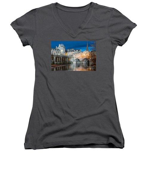 Pulteney Bridge, Bath Women's V-Neck T-Shirt (Junior Cut) by Colin Rayner