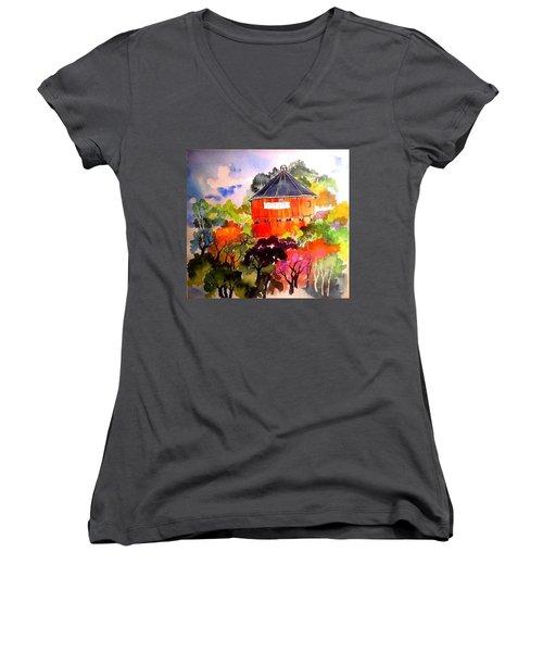 Round Barn ,santa Rosa Women's V-Neck T-Shirt