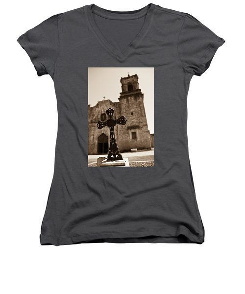 San Antonio Women's V-Neck T-Shirt (Junior Cut) by Sebastian Musial