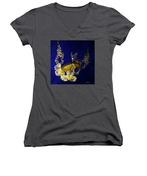 Sea Nettle Jellies Women's V-Neck T-Shirt