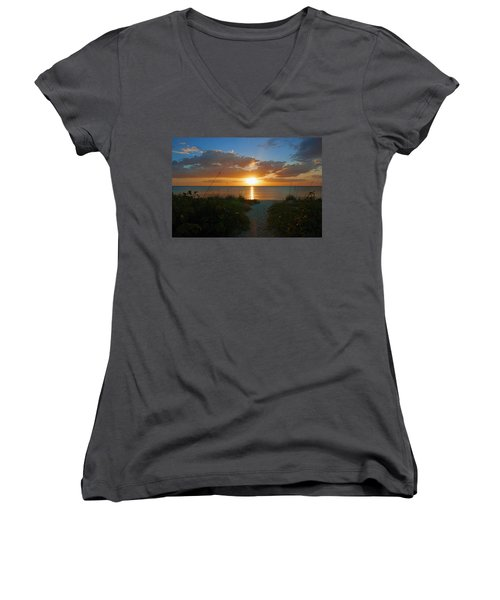 Sunset At Delnor Wiggins Pass State Park Women's V-Neck
