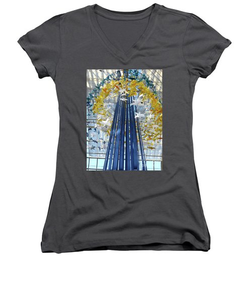 1000 Paper Cranes Women's V-Neck T-Shirt