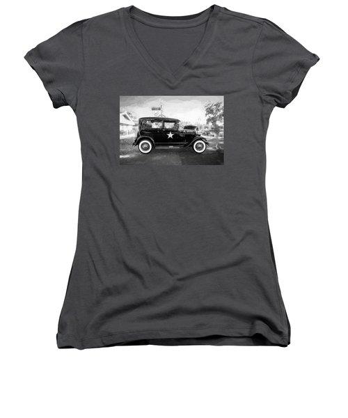 1929 Ford Model A Tudor Police Sedan Bw Women's V-Neck T-Shirt