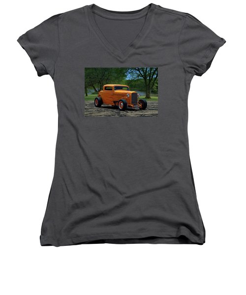 1932 Ford Coupe Hot Rod Women's V-Neck
