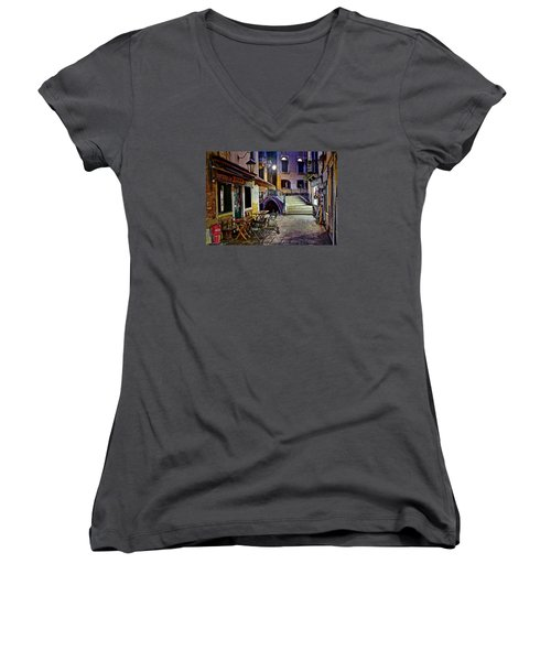 An Evening In Venice Women's V-Neck T-Shirt (Junior Cut) by Frozen in Time Fine Art Photography