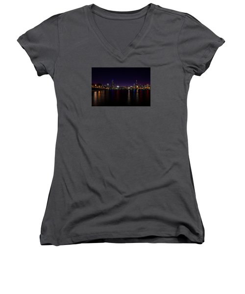 Women's V-Neck T-Shirt (Junior Cut) featuring the photograph Chicago-skyline 2 by Richard Zentner