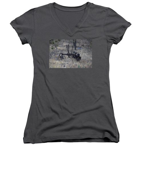 Old Farm Implement Lake George Co Women's V-Neck