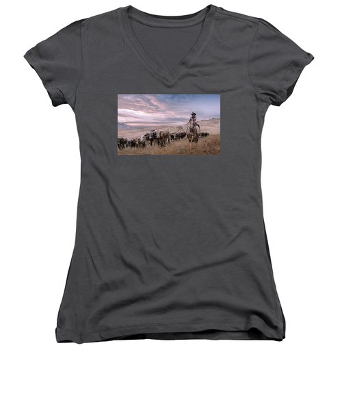 2016 Reno Cattle Drive Women's V-Neck