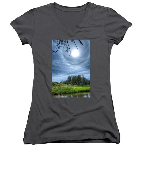 22 Degree Halo Women's V-Neck