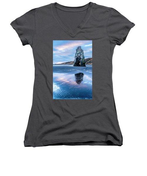 Dinosaur Rock Beach In Iceland Women's V-Neck T-Shirt