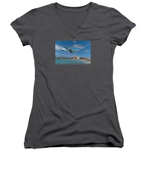 K L M Landing At St. Maarten Women's V-Neck T-Shirt (Junior Cut) by David Gleeson