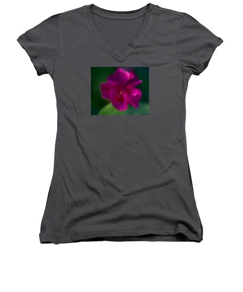 4 O'clock Women's V-Neck (Athletic Fit)