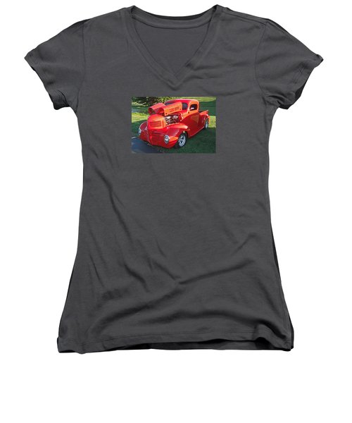 '47 Dodge Pickup Women's V-Neck T-Shirt