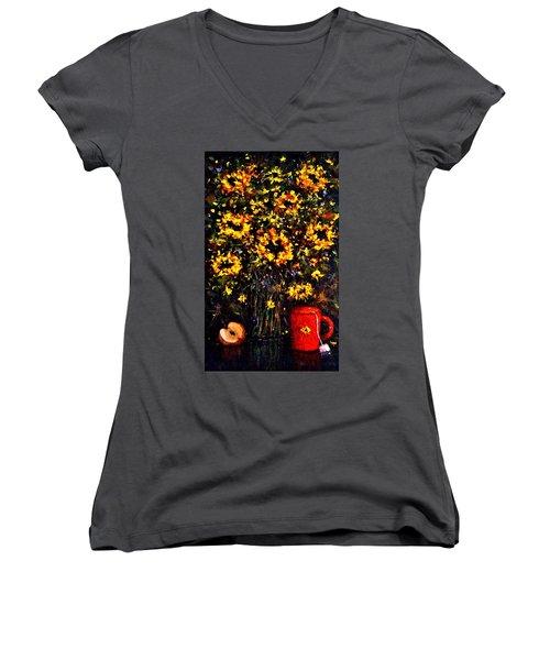 5 O'clock Women's V-Neck T-Shirt