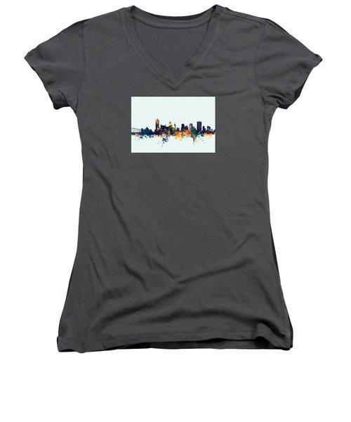 Memphis Tennessee Skyline Women's V-Neck T-Shirt (Junior Cut) by Michael Tompsett