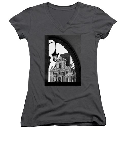 A Peak To The Louvre Women's V-Neck