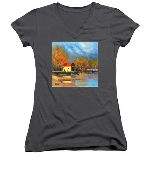 A River Bank Women's V-Neck (Athletic Fit)