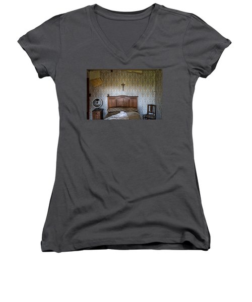 Abandoned Bed Room - Urban Exploration Women's V-Neck T-Shirt