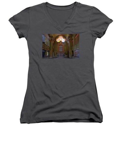 Abandoned Chapel Of An Important Liguria Family I - Cappella Abbandonata Di Famiglia Ligure 1 Women's V-Neck