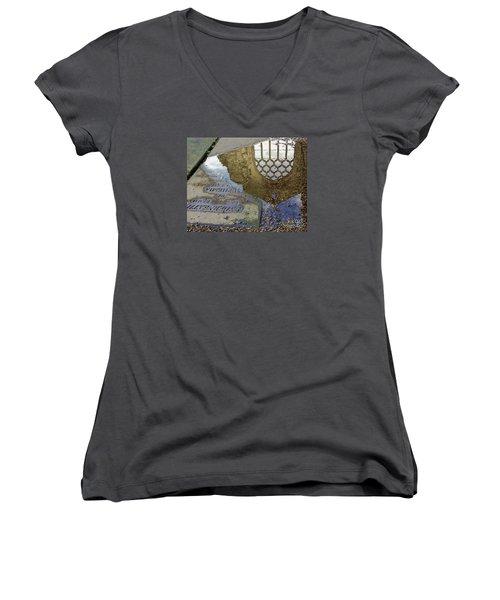 Abbey Ruins - Edinburgh Women's V-Neck T-Shirt (Junior Cut) by Amy Fearn