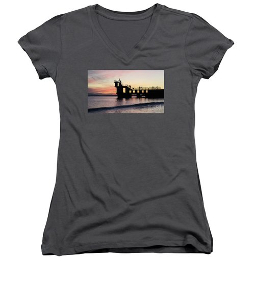 After Sunset Blackrock 4 Women's V-Neck