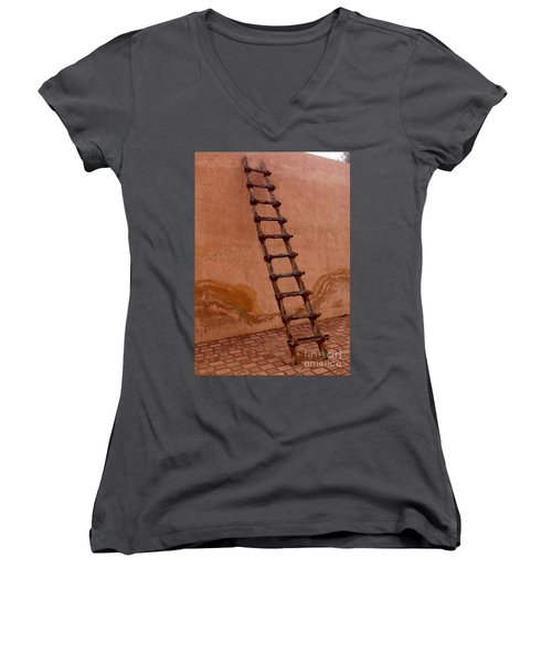Al Ain Ladder Women's V-Neck