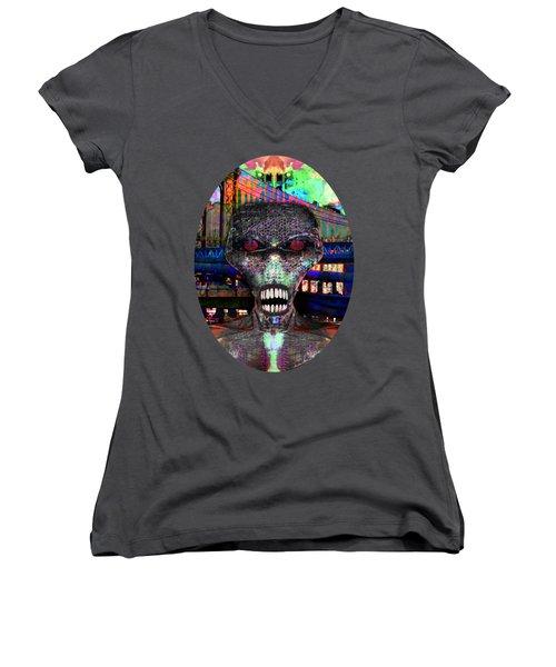 Alien Portrait Women's V-Neck T-Shirt