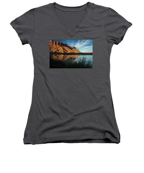 Women's V-Neck T-Shirt featuring the photograph Along The Colorado by Gary Lengyel