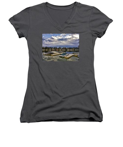 Devils Lake Oregon Women's V-Neck