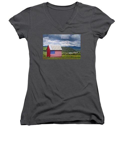 American Landscape Women's V-Neck
