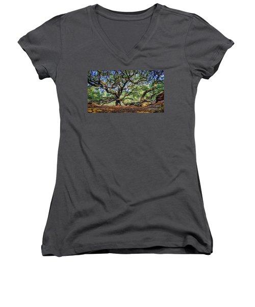 Angel Oak In Digital Oils Women's V-Neck