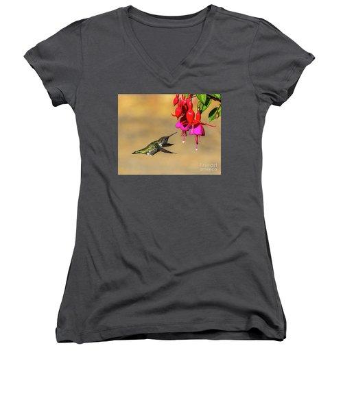 Anna And Hardy Fuchsia Flower Women's V-Neck