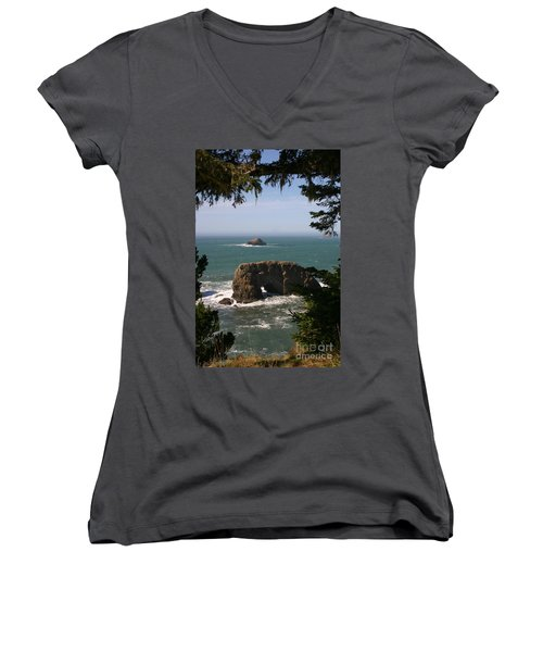 Arch Rock View Women's V-Neck T-Shirt