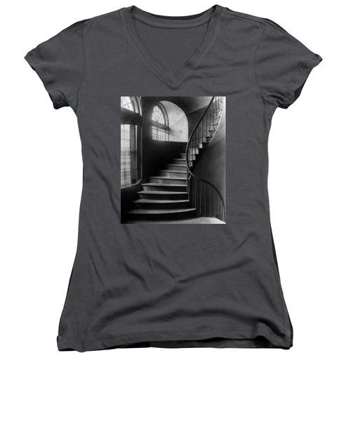 Arching Stairwell Women's V-Neck (Athletic Fit)