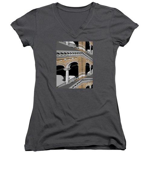 Archways Women's V-Neck T-Shirt